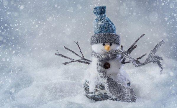 Уже зимние и сказочные обои