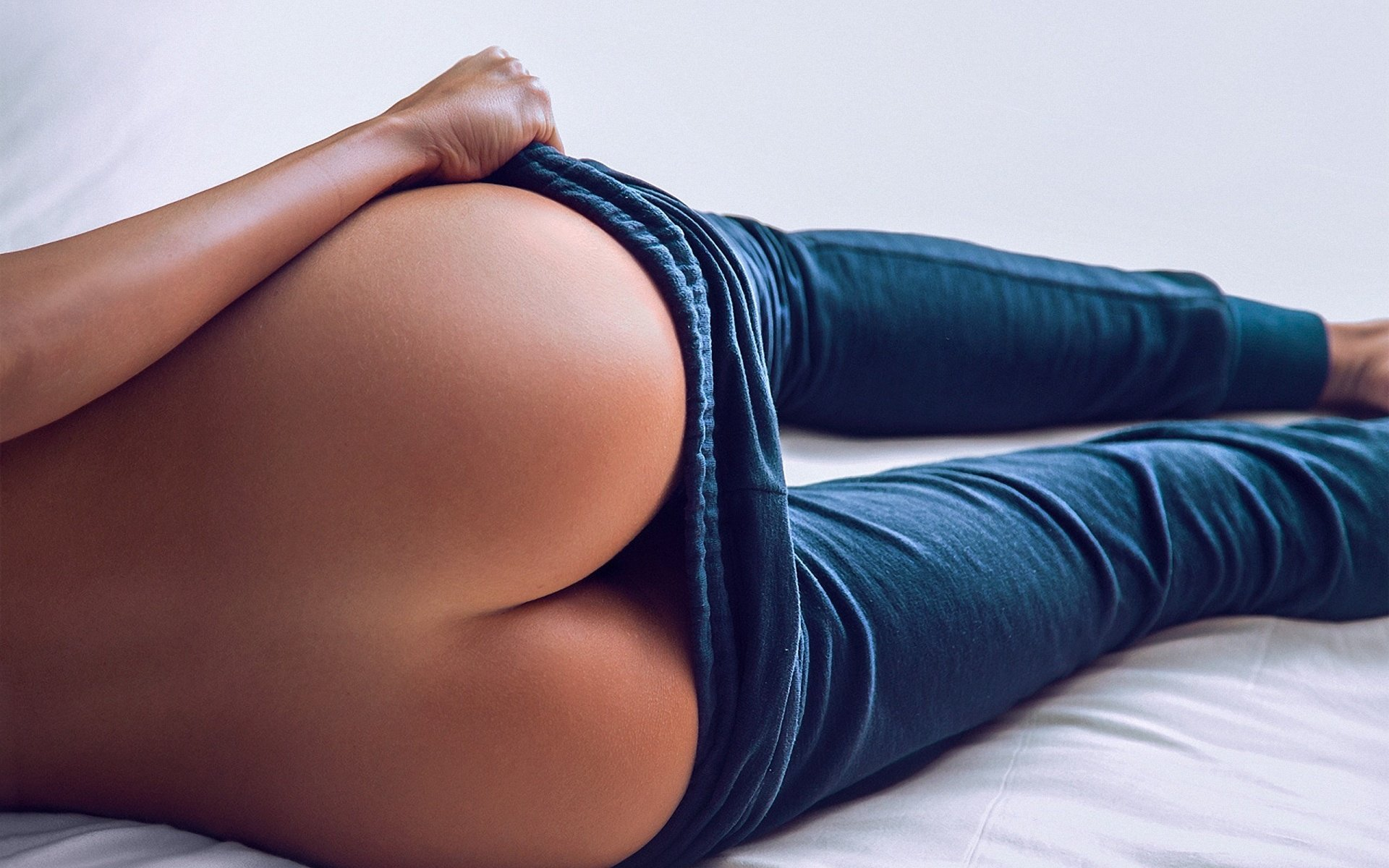 Эротика в джинсах фото 15 фотография
